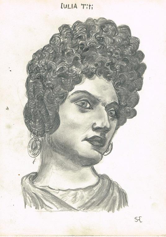 Julia Titi.jpg