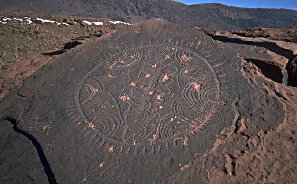 petroglyphe-marokko-by-stonewatch.jpg